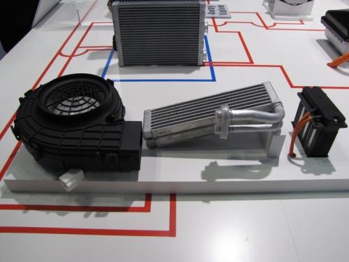 カルソニックカンセイの電池パック向け温調ユニット