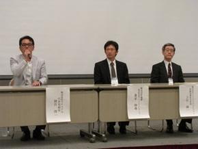 「人とくるまのテクノロジー展2012」の会場内で開催した会見の様子