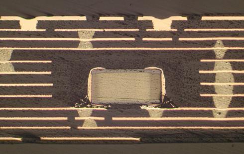 12層受動部品内蔵プリント基板の断面図
