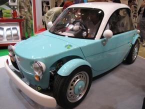 トヨタ自動車のコンセプトカー「カマッテ」