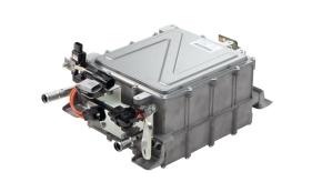DC-DCコンバータを一体化した車載充電器