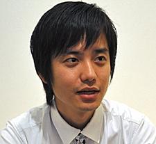 HUDの開発に携わったパイオニアの古賀哲郎氏