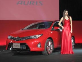 トヨタ自動車の新型「オーリス」