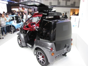 sp_121005ceatec_cars_02.jpg