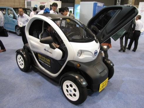 日産自動車の2人乗り超小型EV「Nissan New Mobility Concept」