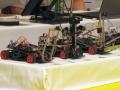「フリースケール・カップ」決勝レースを走る東京大学のロボットカー