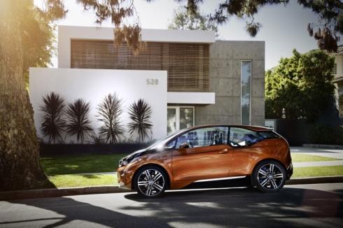 「ロサンゼルスオートショー2012」で公開された「BMW i3」のクーペコンセプト