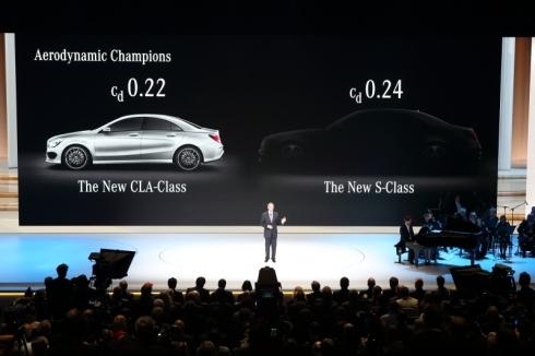 「Sクラス」(右)と「CLAクラス」のCd値