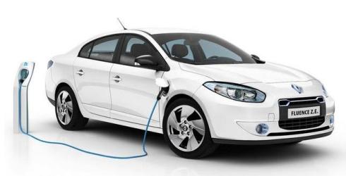 ルノーが2011年に発売したバッテリー交換方式EV「フルエンスZ.E」