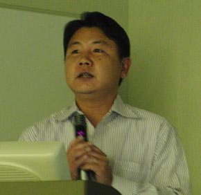 亀井慎一朗氏