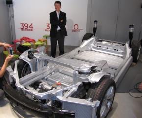 「モデルS」の車台