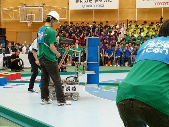 垂直方式の長崎総合科学大学チーム