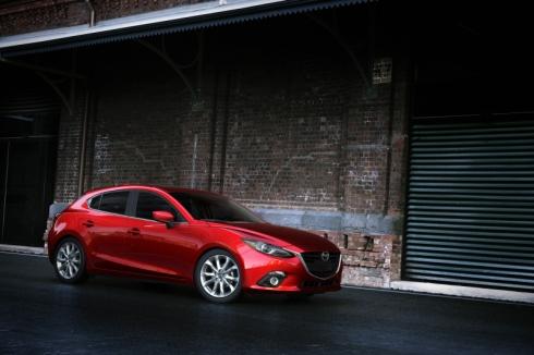 国内向けにハイブリッドモデルを投入する新型「Mazda3(アクセラ)」