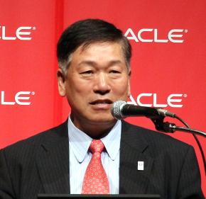 日本オラクル代表執行役社長の遠藤隆雄氏