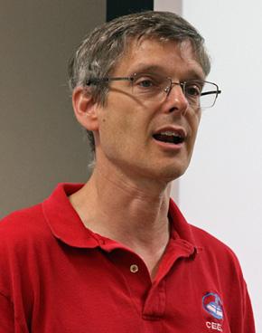 米タフツ大学(Tufts University)教授のクリス・ロジャース(Chris Rogers)博士