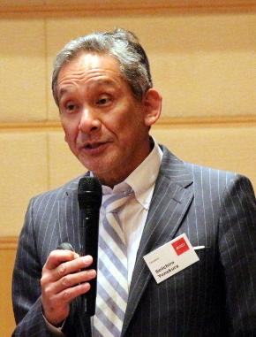 一橋大学イノベーション研究センター教授でプレトリア大学GIBS日本研究センター所長の米倉誠一郎氏
