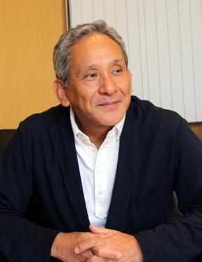 一橋大学イノベーション研究センター教授で、プレトリア大学GIBS日本研究センター所長の米倉誠一郎氏
