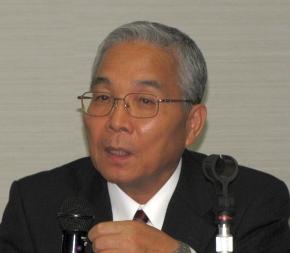 エルピーダの社長兼CEOを退任する坂本幸雄氏