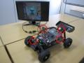 マキシムのSERDES ICを使ってサラウンドビューを表示できるミニチュアデモカー