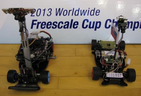 ロボットカーに搭載するボードのサイズ比較