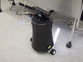 自律巡回 Kinect警備ロボ Pochi Mk-II(1)