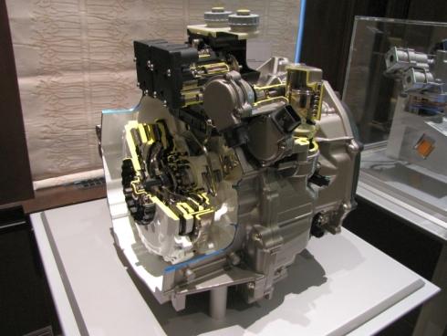 「i-DCD」のDCTのカットモデル