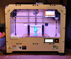 米MakerBot社の個人向け3Dプリンタ「Replicator」