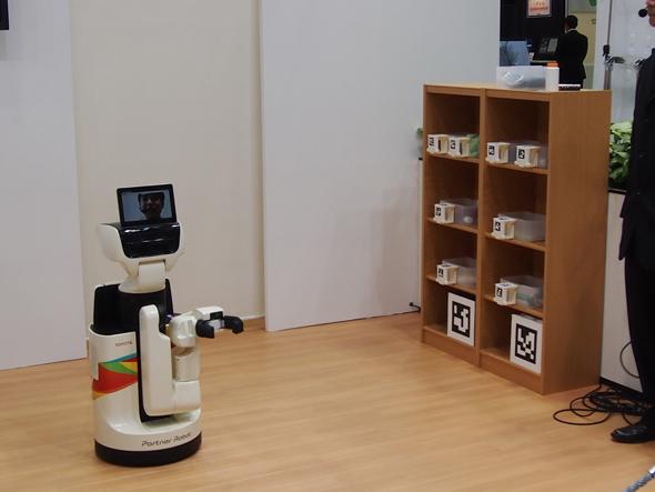生活支援ロボット「HSR(Human Support Robot)」
