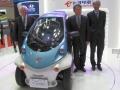 2人乗りの超小型EV「T・COM」