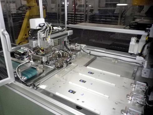 ロボットが加工