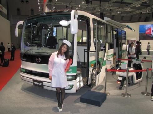 PHEVバス「メルファ プラグインハイブリッド」