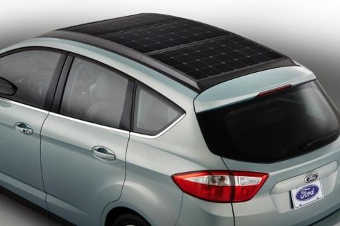 「C-MAX Solar Energi Concept」の屋根に搭載された太陽光発電パネル