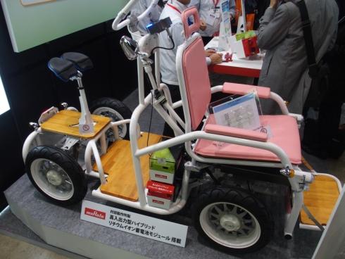 村田製作所の「高入出力型ハイブリッドリチウムイオン蓄電池モジュール」を搭載した「ZieD α1」