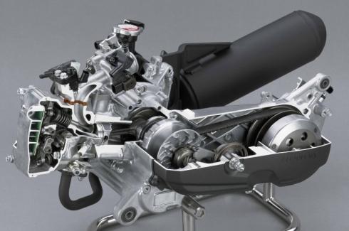 「ダンク」に採用した新開発エンジン