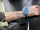 """尿毒素を吸着するナノファイバー、災害時に役立つ""""携帯型透析システム""""の実現へ"""