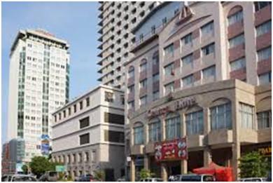 ヤンゴン市内の新築ビル