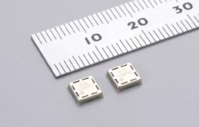 村田製作所が開発した表面実装タイプの超音波センサー