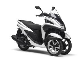 ヤマハ発動機の三輪バイク「トリシティ」