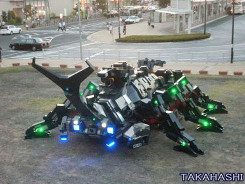 巨大カブトムシ型ロボット「カブトム RX-03」