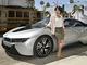 充電インフラの整備には「BMW i8」みたいなカッコいい電気自動車が必要!