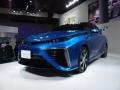 トヨタ自動車が「CEATEC JAPAN 2014」で展示したセダンタイプの燃料電池車