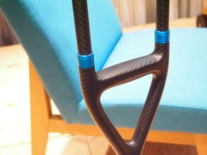ドライカーボン松葉杖(1)
