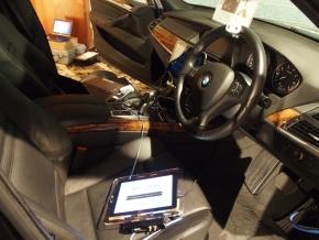 IoTカーの車両内部