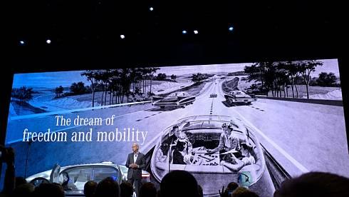 「F 015」が示す将来的なモビリティの在り方