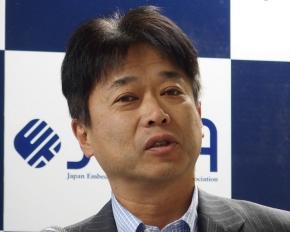 イーソルトリニティの社長に就任する上山伸幸氏