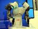一緒にダンスが踊れる一体感! ロボットと人間が支え合うモノづくりをABBが出展