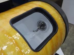 水素充填に使うノズルと温度センサー