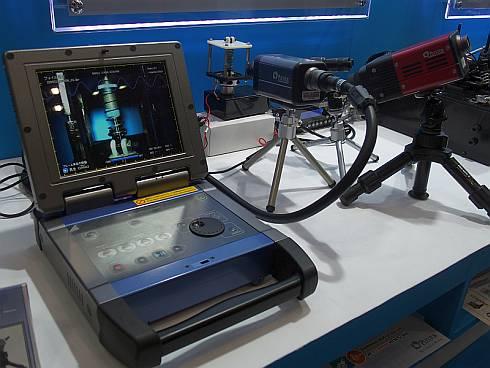 「プレクスロガー」による高速度カメラの撮像と波形データの同期記録のデモ