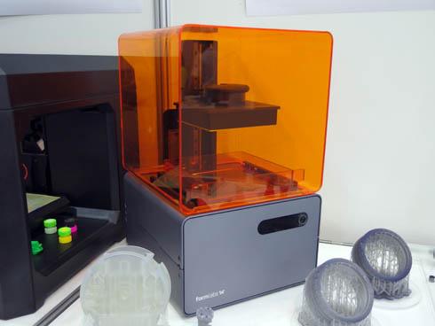 米Formlabsが開発した光造形方式3Dプリンタ「Form 1+」