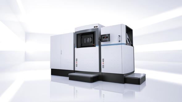 大型の金属3Dプリンタ「EOS M400」